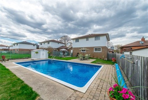 Main Photo: 169 Lynnbrook Drive in Toronto: Woburn House (2-Storey) for sale (Toronto E09)  : MLS® # E3188543