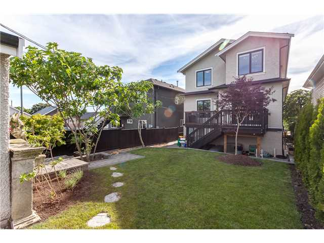 "Photo 20: 640 PENTICTON Street in Vancouver: Renfrew VE House for sale in ""HASTINGS SUNRISE"" (Vancouver East)  : MLS(r) # V1132665"