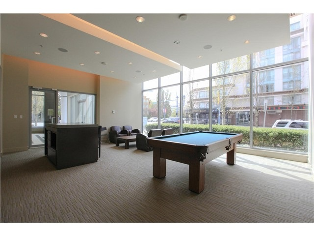 "Photo 12: 709 7371 WESTMINSTER Highway in Richmond: Brighouse Condo for sale in ""LOTUS"" : MLS® # R2011744"