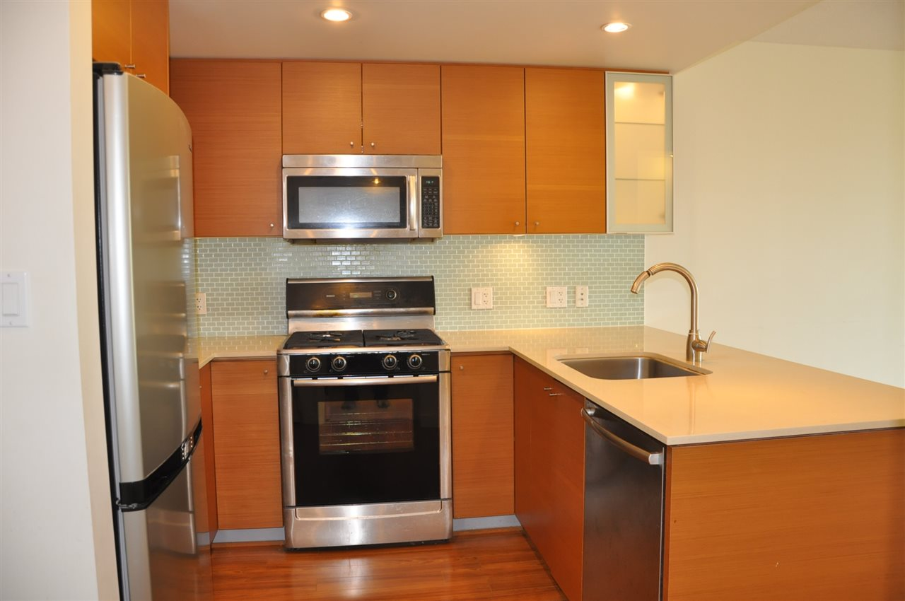 "Photo 2: 709 7371 WESTMINSTER Highway in Richmond: Brighouse Condo for sale in ""LOTUS"" : MLS® # R2011744"