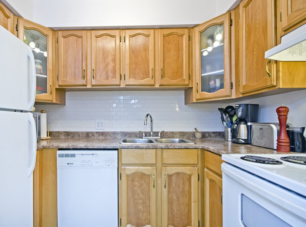 "Photo 4: 403 1864 FRANCES Street in Vancouver: Hastings Condo for sale in ""Landview Place"" (Vancouver East)  : MLS(r) # R2050009"