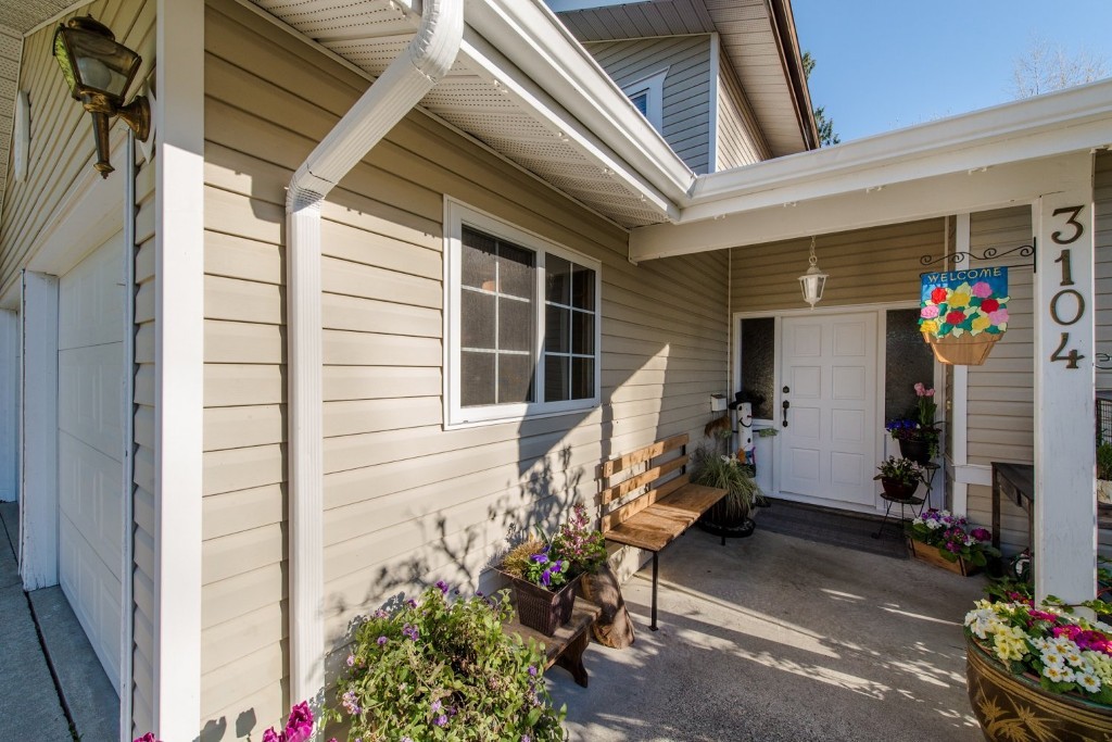"Photo 3: 3104 BABICH Street in Abbotsford: Central Abbotsford House for sale in ""Terry Fox"" : MLS® # R2050300"
