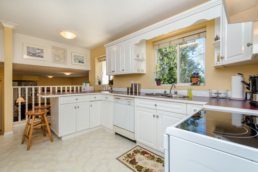 "Photo 11: 3104 BABICH Street in Abbotsford: Central Abbotsford House for sale in ""Terry Fox"" : MLS® # R2050300"