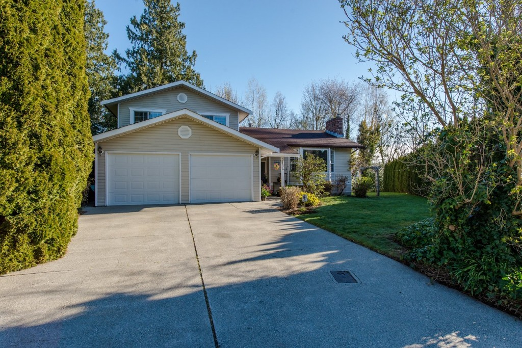 "Photo 30: 3104 BABICH Street in Abbotsford: Central Abbotsford House for sale in ""Terry Fox"" : MLS® # R2050300"