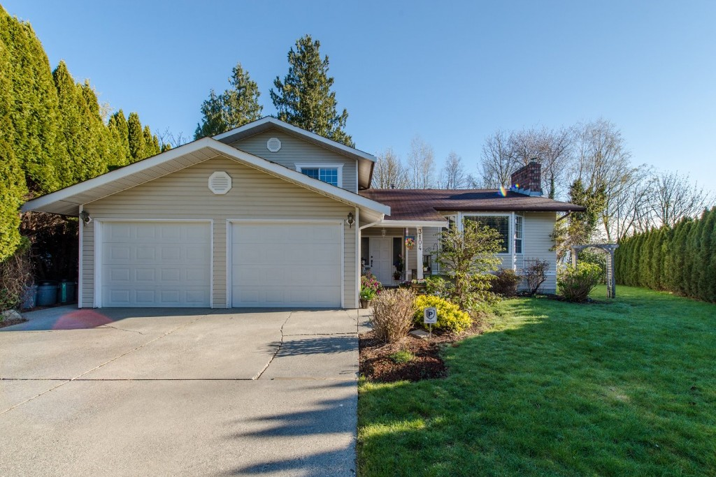 "Photo 2: 3104 BABICH Street in Abbotsford: Central Abbotsford House for sale in ""Terry Fox"" : MLS® # R2050300"