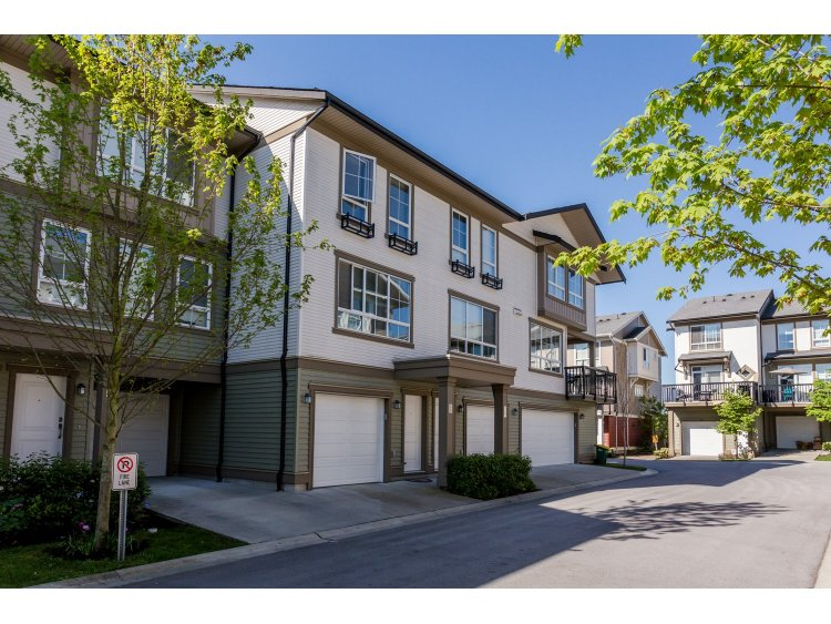 "Main Photo: 99 19505 68A Avenue in Surrey: Clayton Townhouse for sale in ""Clayton Rise"" (Cloverdale)  : MLS® # R2058901"