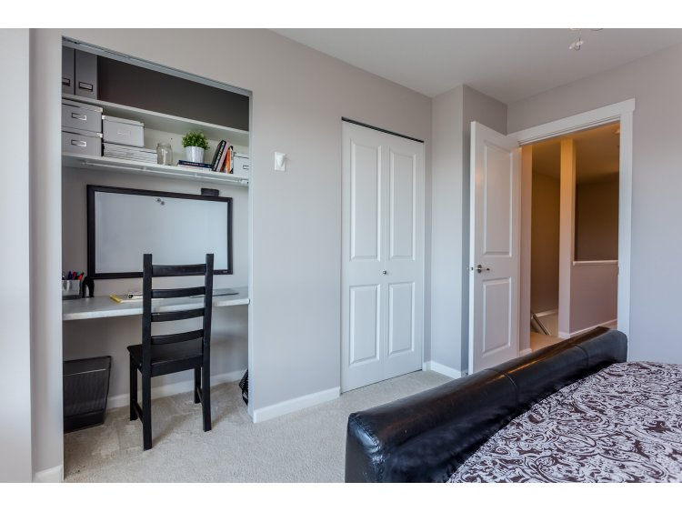 "Photo 14: 99 19505 68A Avenue in Surrey: Clayton Townhouse for sale in ""Clayton Rise"" (Cloverdale)  : MLS(r) # R2058901"