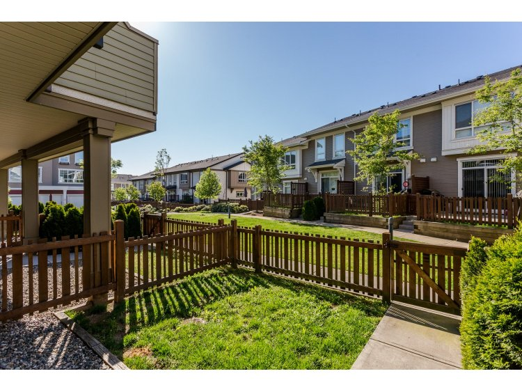 "Photo 19: 99 19505 68A Avenue in Surrey: Clayton Townhouse for sale in ""Clayton Rise"" (Cloverdale)  : MLS(r) # R2058901"