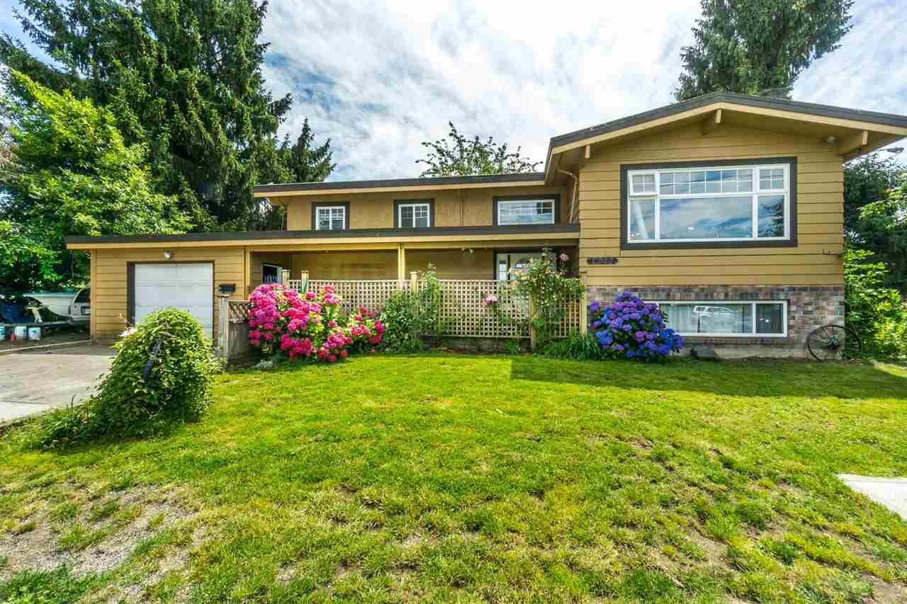 Photo 2: 46274 REECE Avenue in Chilliwack: Chilliwack N Yale-Well House for sale : MLS® # R2084832