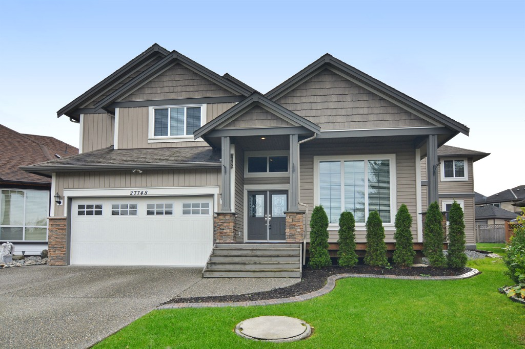 Photo 1: 27748 LANTERN Avenue in Abbotsford: Aberdeen House for sale : MLS(r) # R2117539