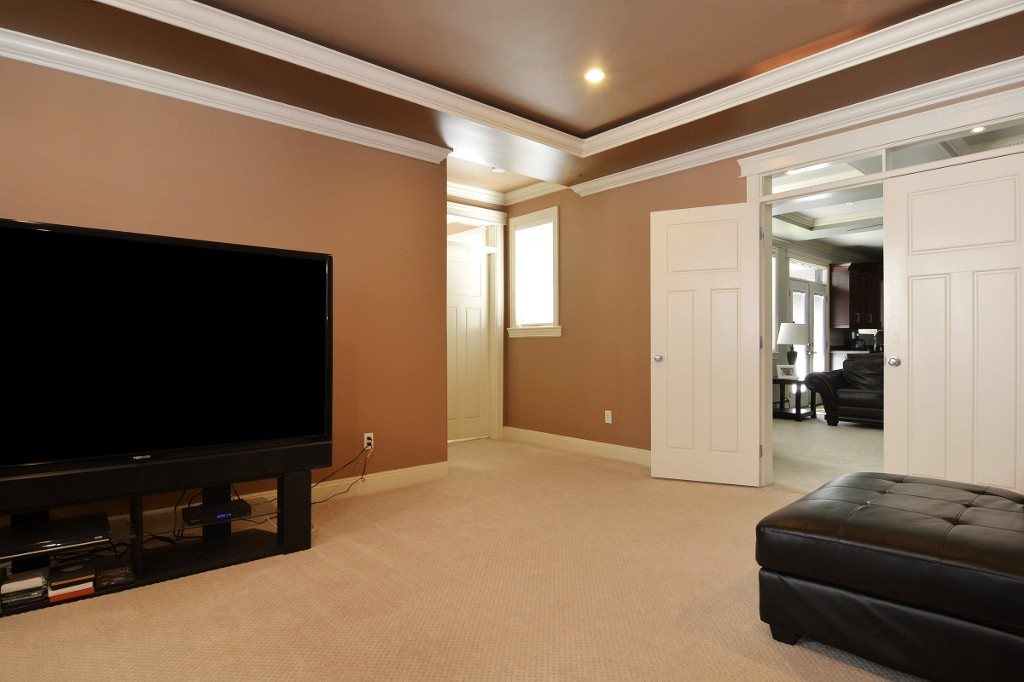 Photo 11: 27748 LANTERN Avenue in Abbotsford: Aberdeen House for sale : MLS(r) # R2117539