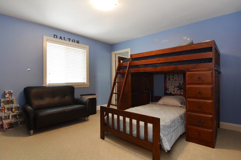 Photo 18: 27748 LANTERN Avenue in Abbotsford: Aberdeen House for sale : MLS(r) # R2117539
