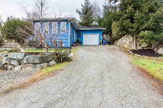 Main Photo: 5599 MEDUSA Place in Sechelt: Sechelt District House for sale (Sunshine Coast)  : MLS® # R2138609
