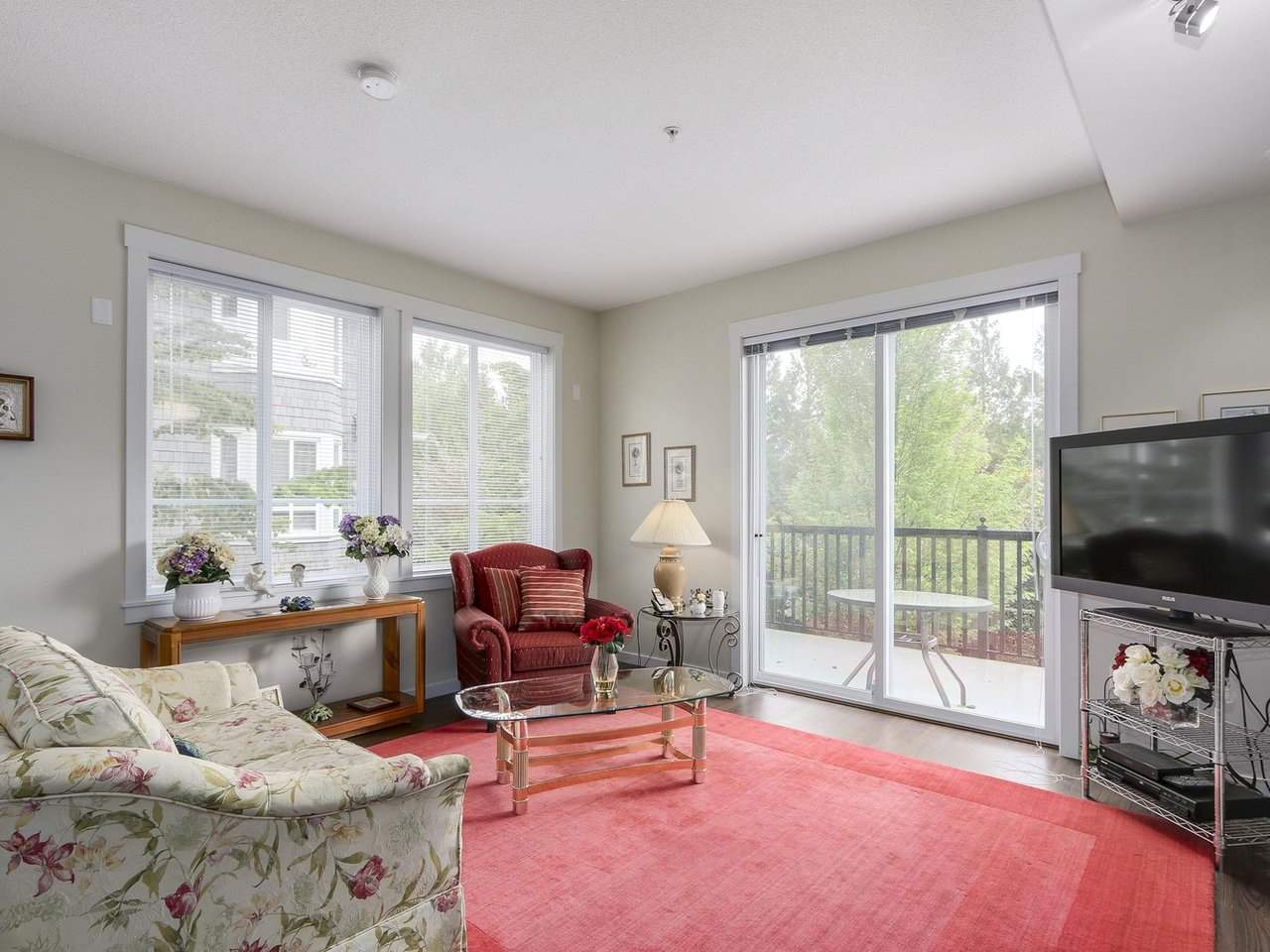 Photo 7: # 110 - 2418 Avon  Place in Port Coquitlam: Riverwood Townhouse for sale : MLS(r) # R2166312