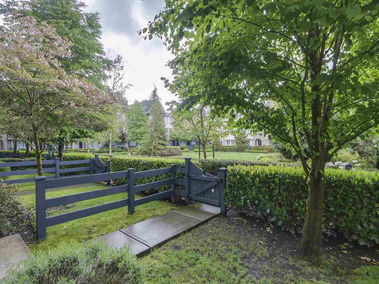 Photo 2: # 110 - 2418 Avon  Place in Port Coquitlam: Riverwood Townhouse for sale : MLS(r) # R2166312