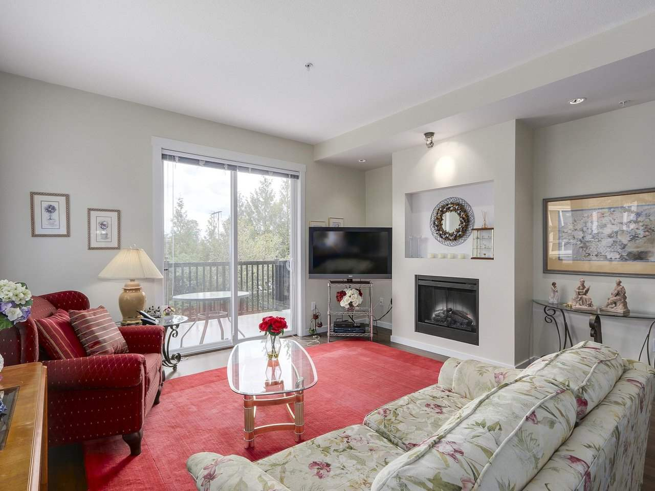Photo 8: # 110 - 2418 Avon  Place in Port Coquitlam: Riverwood Townhouse for sale : MLS(r) # R2166312