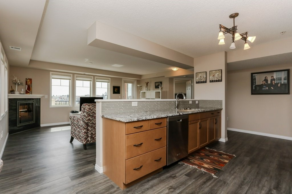 Upgraded stainless steel appliances and granite counter tops!