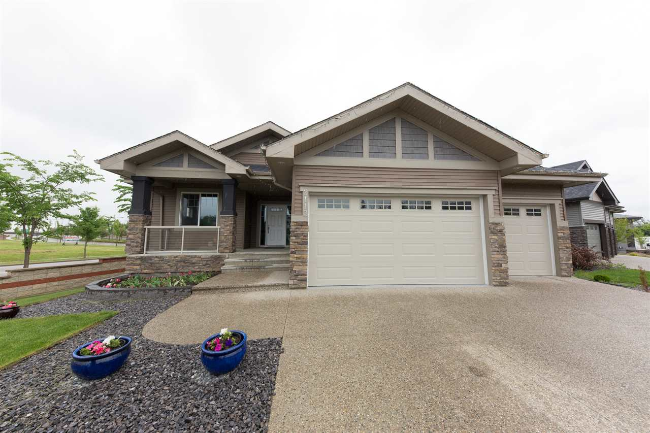 Main Photo: 2113 CAMERON RAVINE Place NW in Edmonton: Zone 20 House for sale : MLS® # E4069651