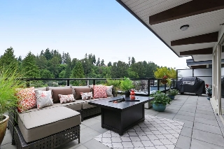"Main Photo: 409 1330 MARINE Drive in North Vancouver: Pemberton NV Condo for sale in ""The Drive"" : MLS(r) # R2179113"