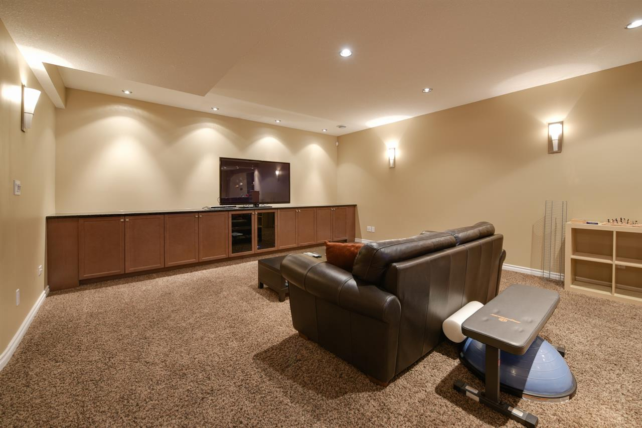 The basement offers an additional bedroom and bathroom PLUS a huge entertainment area with bar area???many happy evenings can be spent entertaining friends and family.