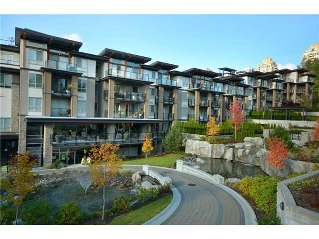 "Main Photo: 417 7488 BYRNEPARK Walk in Burnaby: South Slope Condo for sale in ""GREEN"" (Burnaby South)  : MLS(r) # R2186250"