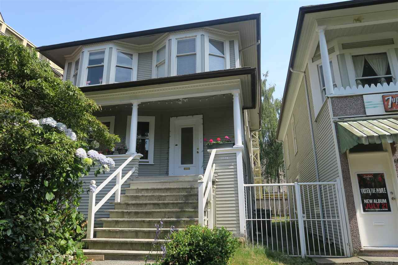Main Photo: 1074 CARDERO Street in Vancouver: West End VW House for sale (Vancouver West)  : MLS®# R2192695