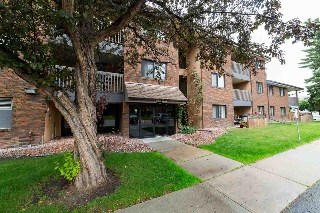Main Photo:  in Edmonton: Zone 14 Condo for sale : MLS® # E4077096