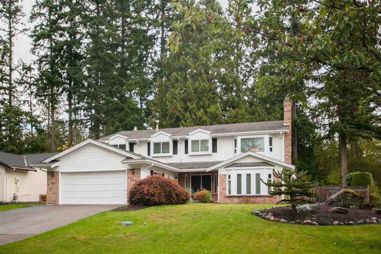 "Main Photo: 13499 17 Avenue in Surrey: Crescent Bch Ocean Pk. House for sale in ""AMBLEGREEN"" (South Surrey White Rock)  : MLS® # R2213614"