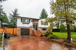 Main Photo: 9661 150A Street in Surrey: Guildford House for sale (North Surrey)  : MLS® # R2214637
