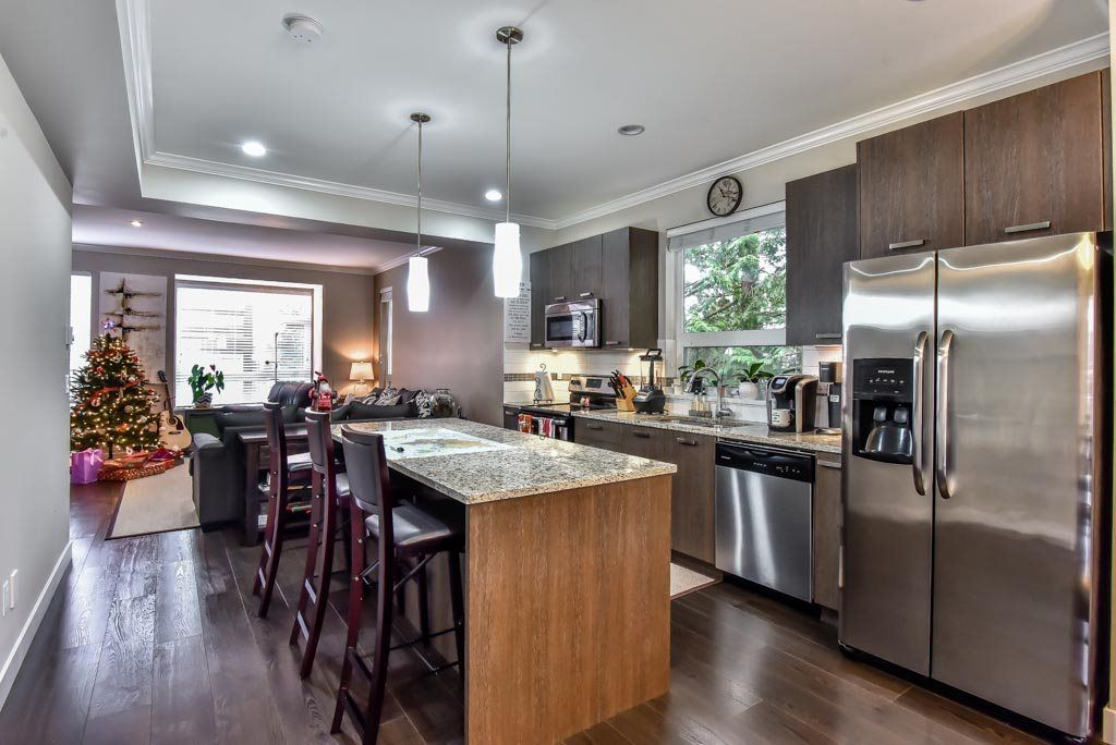"Photo 2: Photos: 118 5888 144 Street in Surrey: Sullivan Station Townhouse for sale in ""One144"" : MLS® # R2228872"