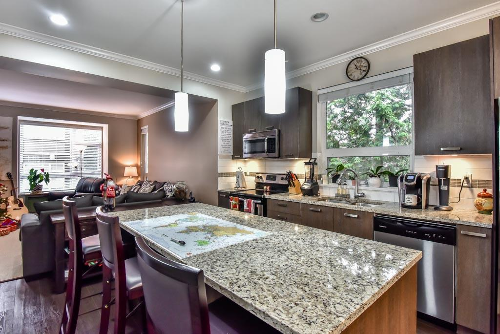 "Photo 4: Photos: 118 5888 144 Street in Surrey: Sullivan Station Townhouse for sale in ""One144"" : MLS® # R2228872"