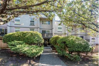 "Main Photo: 215 312 CARNARVON Street in New Westminster: Downtown NW Condo for sale in ""CARNARVON TERRACE"" : MLS® # R2237415"