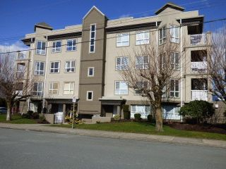 "Main Photo: 406 45773 VICTORIA Avenue in Chilliwack: Chilliwack N Yale-Well Condo for sale in ""The Victorian"" : MLS®# R2245934"