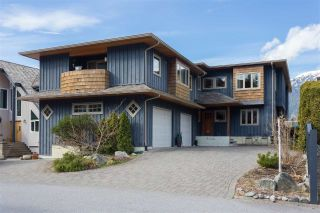 Main Photo: 2001 CLIFFSIDE Lane in Squamish: Hospital Hill House for sale : MLS® # R2249140