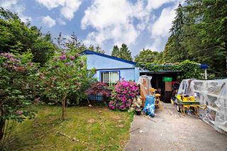 Main Photo: 7461 CEDAR Street in Mission: Mission BC House for sale : MLS®# R2269362