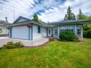 Main Photo: 5924 ST ANDREWS Place in Sechelt: Sechelt District House for sale (Sunshine Coast)  : MLS®# R2272620