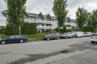Main Photo: 204 2055 SUFFOLK Avenue in Port Coquitlam: Glenwood PQ Condo for sale : MLS®# R2306477