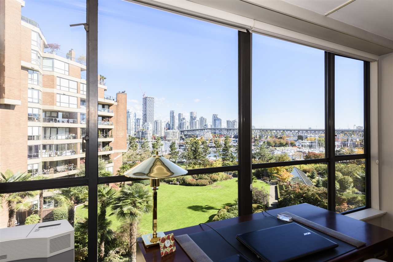 "Main Photo: 507 1470 PENNYFARTHING Drive in Vancouver: False Creek Condo for sale in ""HARBOUR COVE"" (Vancouver West)  : MLS®# R2314089"
