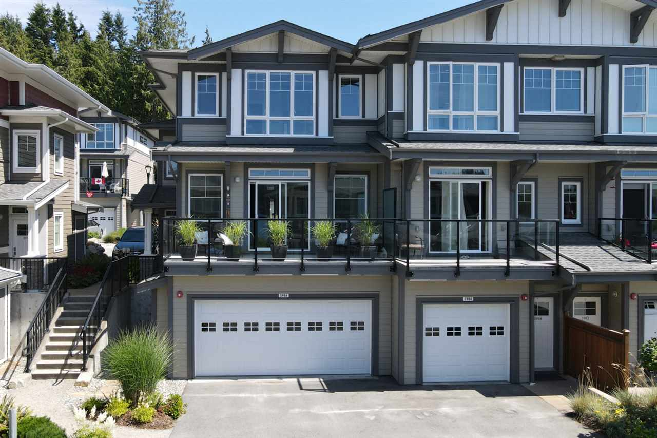 FEATURED LISTING: 5986 BEACHGATE Lane Sechelt