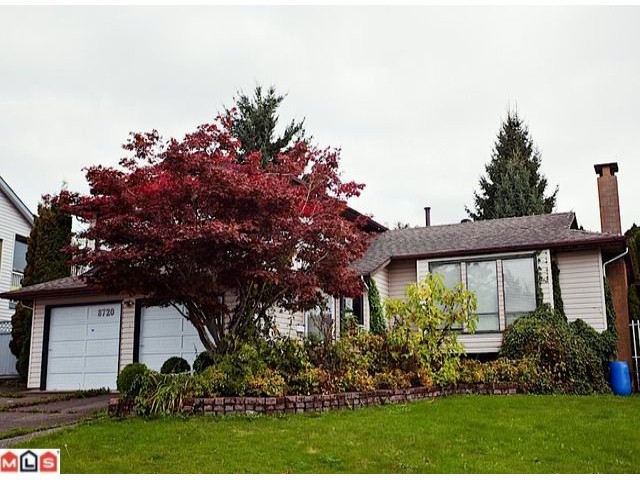 "Main Photo: 8720 151 Street in Surrey: Bear Creek Green Timbers House for sale in ""Fleetwood"" : MLS® # F1125086"