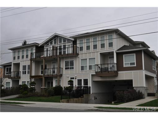 Main Photo: 213 938 Dunford Avenue in VICTORIA: La Langford Proper Condo Apartment for sale (Langford)  : MLS® # 346801