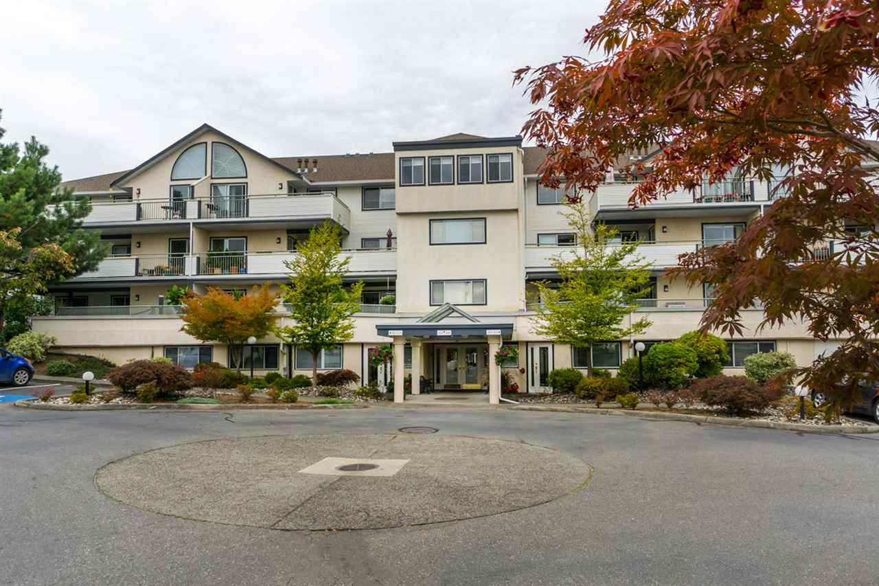 "Main Photo: 106 19645 64 Avenue in Langley: Willoughby Heights Condo for sale in ""HIGHGATE TERRACE"" : MLS®# R2003423"