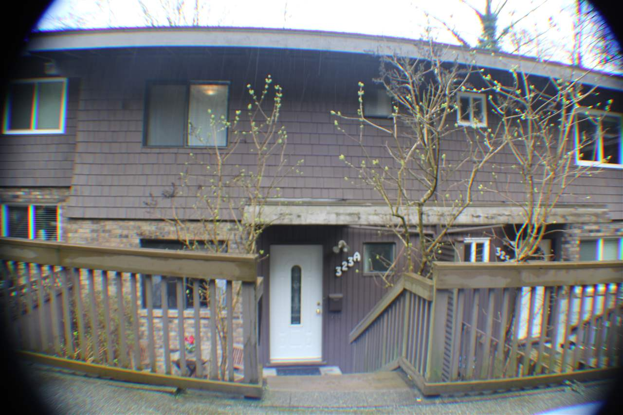 "Main Photo: A323 EVERGREEN Drive in Port Moody: College Park PM Townhouse for sale in ""THE EVERGREENS"" : MLS® # R2043305"