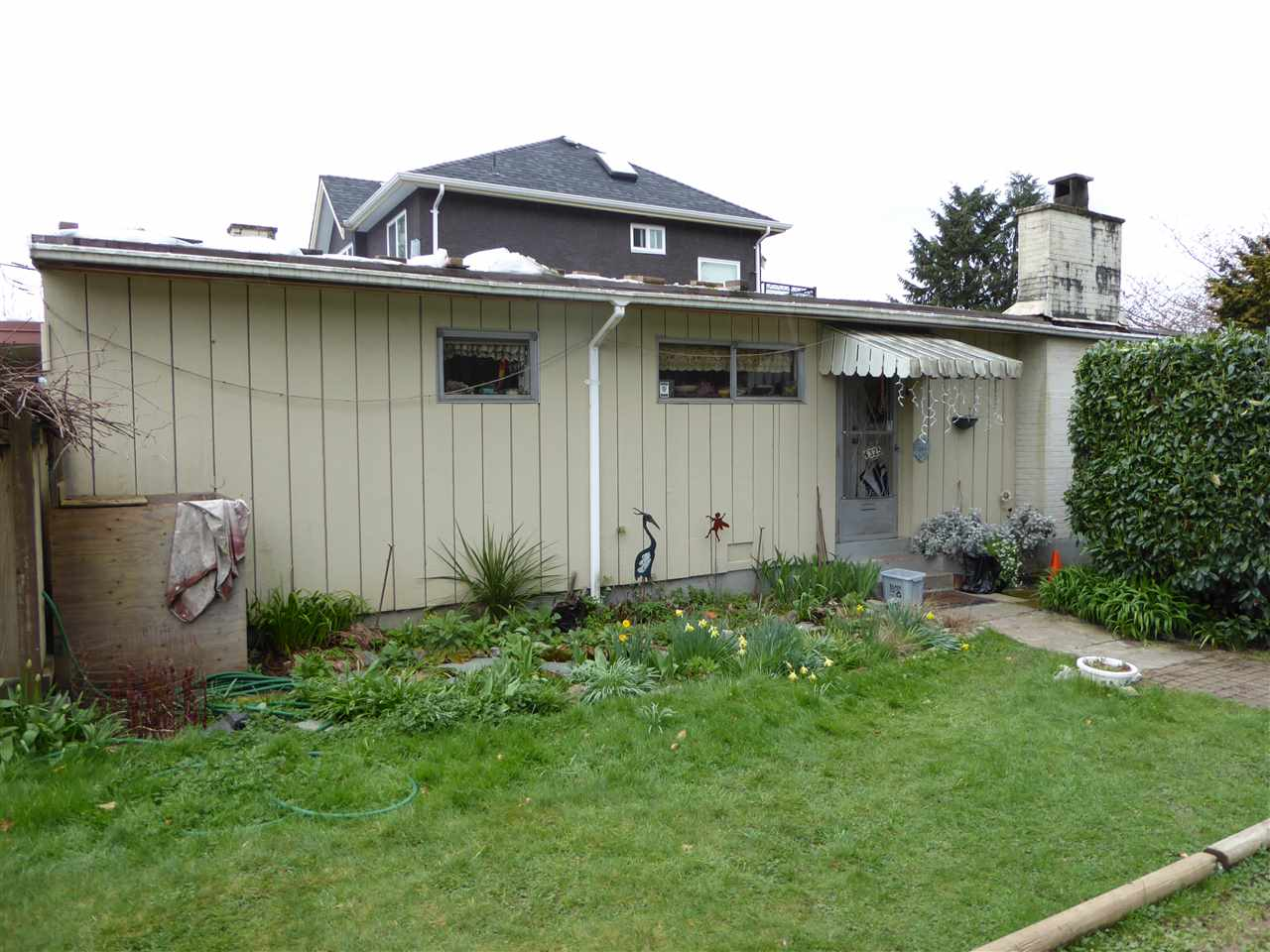 Main Photo: 4325 PENTICTON Street in Vancouver: Collingwood VE House for sale (Vancouver East)  : MLS(r) # R2049414