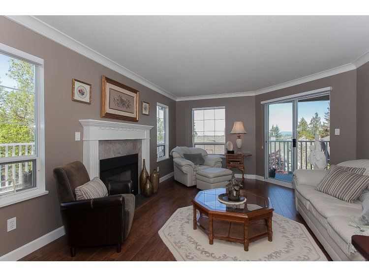 "Photo 6: 43 21848 50TH Avenue in Langley: Murrayville Townhouse for sale in ""Cedar Crest"" : MLS(r) # R2057565"