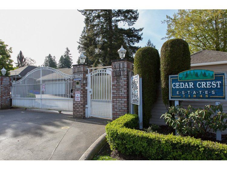 "Photo 2: 43 21848 50TH Avenue in Langley: Murrayville Townhouse for sale in ""Cedar Crest"" : MLS(r) # R2057565"