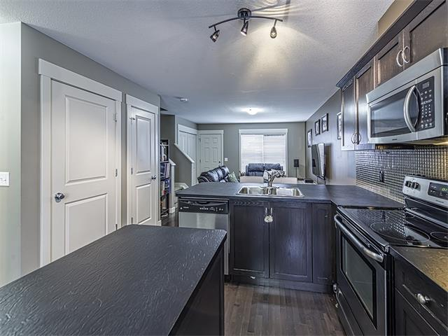 Photo 5: 249 Rainbow Falls Manor: Chestermere House for sale : MLS(r) # C4067433