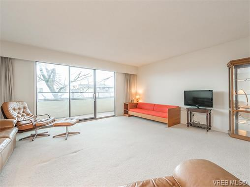 Main Photo: 202 360 Dallas Road in VICTORIA: Vi James Bay Condo Apartment for sale (Victoria)  : MLS(r) # 374285