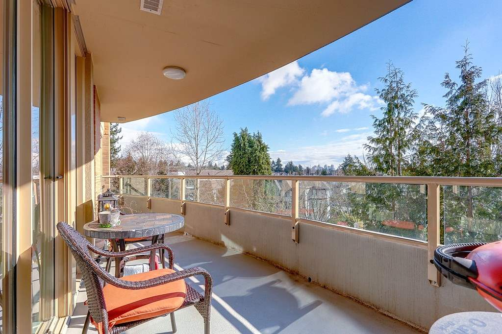 Photo 5: 404 7108 EDMONDS Street in Burnaby: Edmonds BE Condo for sale (Burnaby East)  : MLS® # R2140165