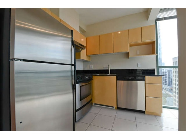 Photo 3: 2502 1239 W GEORGIA Street in Vancouver: Coal Harbour Condo for sale (Vancouver West)  : MLS(r) # R2148419